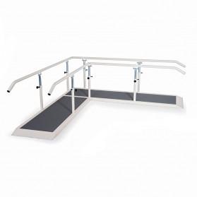 Barres paralèlles en angle avec plateau de marche